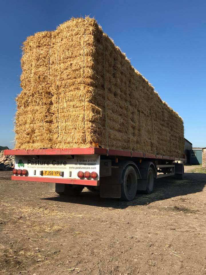 TN bales on lorry